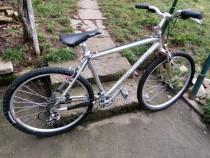 "Bicicleta Cube Acces 26 ""aluminiu."