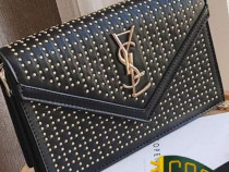 Geabta YVES SAINT LAURENT ,accesorii/logo auriu/Franta