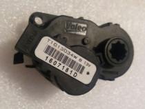 Motoras dirijare aer conditionat 277429948R. Nou Renault
