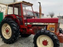 Tractor International 1046 4x4