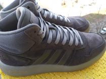 Bascheti piele Adidas,.mar 42 (26.5 cm), made in Indonesia.