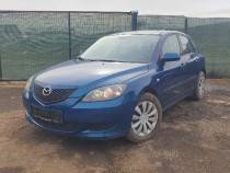 Mazda 3 Hatchback 1.6d 90cp Climatronic Comezi volan