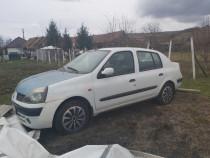 Dezmembrez Renault clio 2 1.5 dci euro 3 an 2003