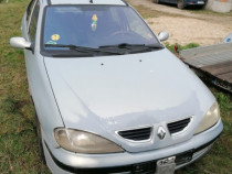 Dezmembrez Renault Megane1 1.6 benzina si GPL