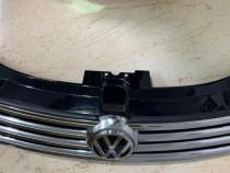 Grila radiator VW Passat B7 2010 2011 2012 2013