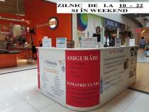 Lucrator Vivo Mall Baia Mare standul cu sigurari