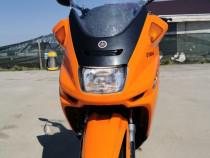 Scuter Yamaha Majesty motorizare 250cc 4t răcire pe lichid