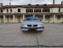VW Passat intermediar