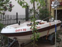 Barca cu peridoc (fara motor !)