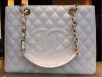 Geanta Chanel alb imaculat, logo imprimat/saculet inclus
