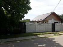 Casa, 2 camere, teren 1065 mp, deschidere 21 m, Oreavu-DN-E8