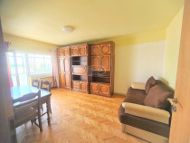 Apartament cu 4 camere decomandate, zona Intre Lacuri