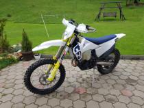 Moto Husqvarna 350 Fe 2020