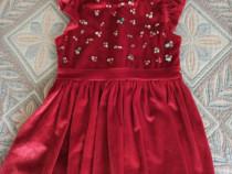 Rochiță de catifea .