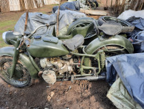 Motocicleta cu ataș Dnepr Ural M ,K750