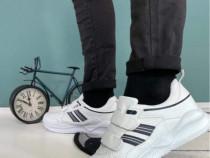 Adidas cu scai
