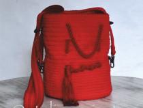 Geanta roșie handmade crosetata