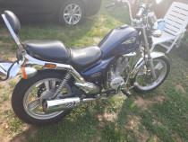 Motocicleta daelim 125 cmc