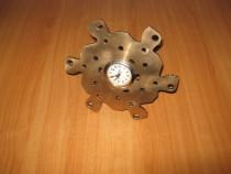 Ceas mecanic vechi functional Aradora 1970 hand made alama
