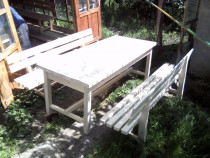 Confectionam mobilier de gradina : banci si masa