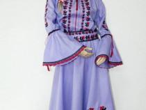 Rochie cu motive traditionale - mai multe modele in galerie