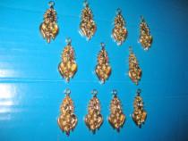 Ornamente mici bronz aurit-11 bucati. Stare buna.