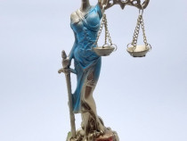 Statuie Zeita Justitie cu ceas (Zeita Themis) - modelul 2