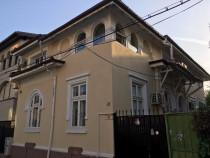 Vila Interbelica Tineretului Renovata Recent spre Inchiriere