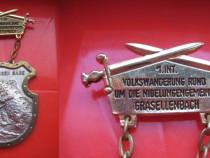 Medalia Saga Nibelungen metal cromat si aurit.