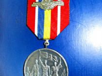 4013-Medalia RSR-23 August 1944-30 ani-1974. Stare buna.