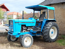 Tractor ebro 8070