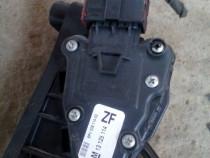 Pedala acceleratie Opel Zafira B 1.9cdti