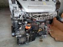 Motor laguna benzina 1.6
