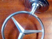 Emblema capota fata Mercedes C180