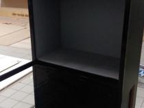 Mobilier expunere produse cu sticla antiefractie si lumina