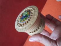 Lemn,Cutiuta miniatura Vintage ,design deosebit ,cu dec