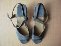 Sandale noi de dama, confectionate din piele