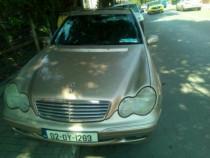 Dezmembrez Mercedes c class w203