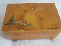 Caseta bijuteri Vintage ani '70 din lemn