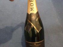 Șampanie Moet Chandon