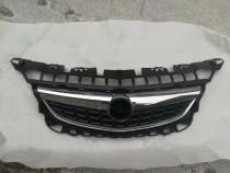 Grila radiator Opel Astra J
