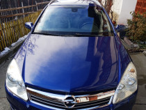 Opel Astra H extea full