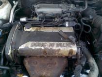 Dezmembrez motor Santa Fe 2.4 16 valve 107 kw