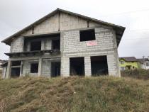 Casa la rosu in Corunca mures si teren 939 mp2