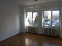 Apartament 2 camere birou Universitate-P-ta Revolutiei