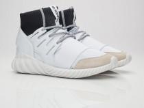 Adidas Tubular Doom marimea    42 2/3, 43 1/3 si 44