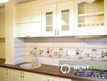 Inchiriez apartament 4 camere In targu cucu, zona centrala