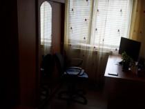 Apartament 3 camere simeria central