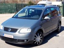 VW Touran 2.0 Tdi, DSG, Xenon, Navi mare, Trapa, Deosebita !