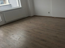 Apartament 3 camere, 80 mp utili, metrou Leonida